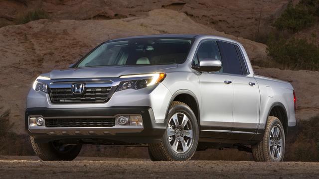 Honda unveils new midsize truck