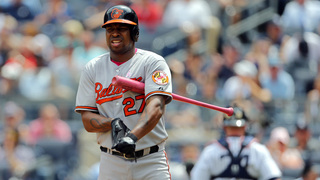 Delmon Young accused of choking a valet