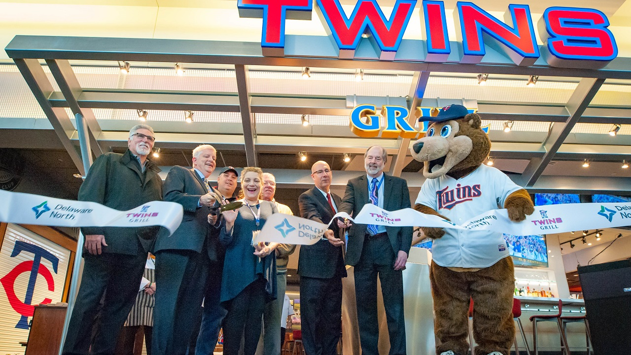 The Twins Grill At Msp Celebrates Grand Opening Kare11 Com